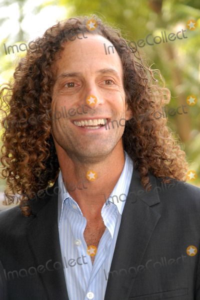 Kenny G Photo - Kenny Gat the ceremony honoring Dave Koz with a star on the Hollywood Walk of Fame Vine Street Hollywood CA 09-22-09