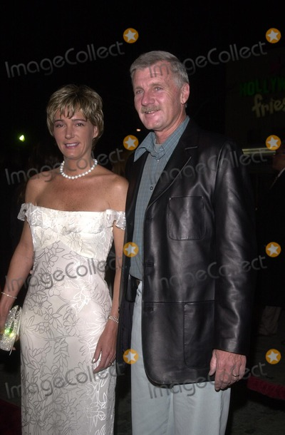 Tom Brown Photo - Tom Brown and wife Deborah at the premiere of Paramounts The Hunted at Manns Village Theater Westwood CA 03-11-03