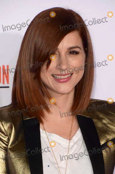 Aya Cash Photo - Aya Cashat the American Crime Story - The People V OJ Simpson Premiere Village Theater Westwood CA 01-27-16