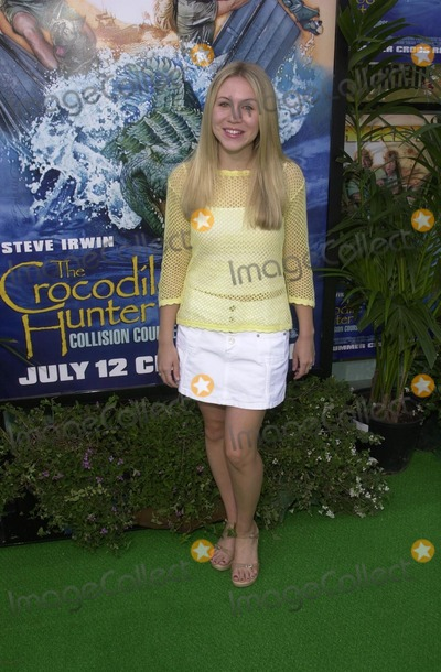 Ashley Drane Photo - Ashley Drane at the premiere of MGMs The Crocdile Hunter Collision Course at the Arclight Cinerma Dome Hollywood 06-29-02