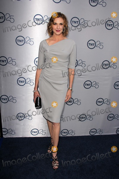 Brenda Strong Photo - Brenda Strongat the TNT 25th Anniversary Party Beverly Hilton Hotel Beverly Hills CA 07-24-13