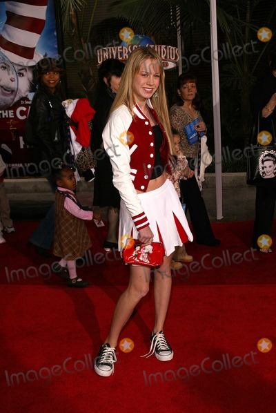 Brie Larson Photo - Brie Larson at the world premiere of Universals The Cat In The Hat at Universal Studios Studio City CA 11-08-03