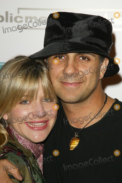 Anthony Azizi Photo - Cymbeline Smith and Anthony Aziziat the premiere of Carpool Guy The Arclight Hollywood CA 10-11-05