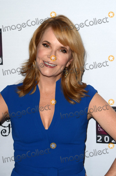 Lea Thompson Photo - Lea Thompsonat the 16th Annual Les Girls Cabaret to benefit the National Breast Cancer Coalition Fund Avalon Hollywood CA 10-16-16