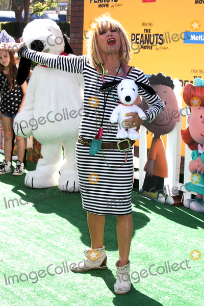 Betsy Johnson Photo - Betsy Johnsonat The Peanuts Movie Los Angeles Premiere Village Theater Westwood CA 11-01-15