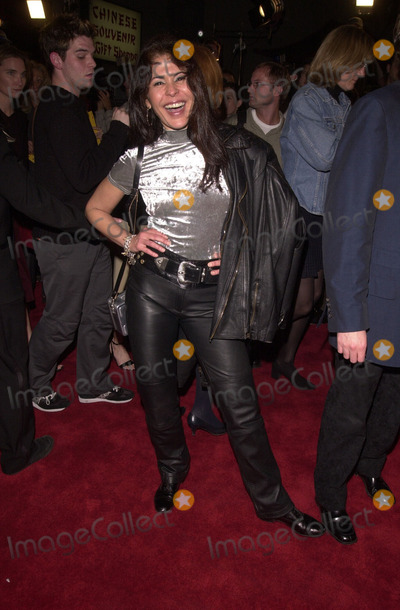 Maria Conchita Alonso Photo -  Maria Conchita Alonso at the premiere of Artisan Entertainments BLAIR WITCH 2 Book Of Shadows at the Chinese Theater Hollywood 10-23-00