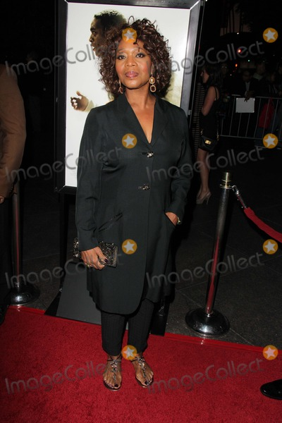 Alfre Woodard Photo - Alfre Woodardat the 12 Years A Slave Los Angeles Premiere Directors Guild of America Los Angeles CA 10-14-13