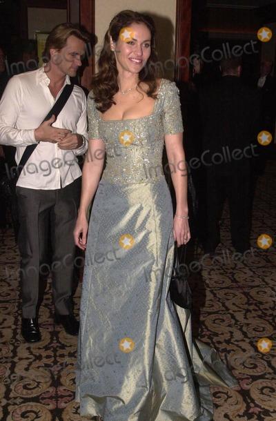 Amy Brenneman Photo -  Amy Brenneman at the 2000 Golden Laurel Awards Beverly Hills 03-02-00