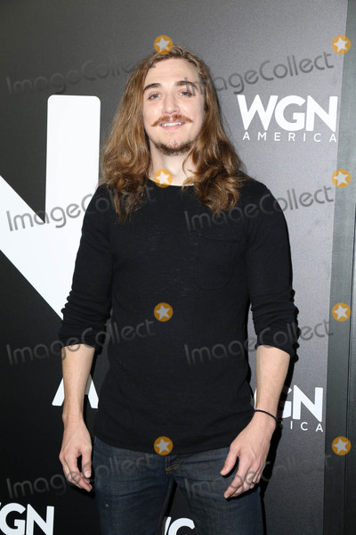 Kyle Gallner Photo - Kyle Gallnerat a photo-op for WGN Americas Outsiders Langham Hotel Pasadena CA 01-13-17