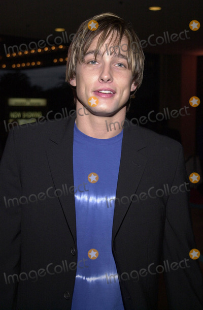 ABBA Photo - Jay Kenneth Johnson at the premiere of MAMA MIA the musical based on the songs of ABBA Schubert Theater Century City 02-26-01