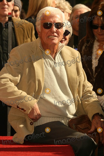 Suzanne Pleshette Photo - Dick Van Dyke at the Ceremony Posthumously Honoring Suzanne Pleshette with a star on the Hollywood Walk of Fame Hollywood Boulevard Hollywood CA 01-31-08