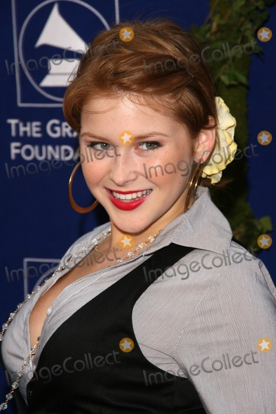 Renee Olstead Photo - Renee OlsteadGeorge Martin and wife Judy at the Grammy Foundations Starry Night Gala University of Southern California Los Angeles CA 07-12-08