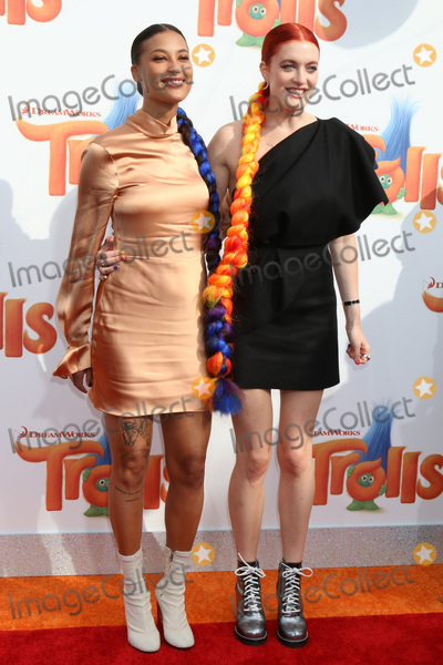 Aino Jawo Photo - LOS ANGELES - OCT 23  Icona Pop Aino Jawo Caroline Hjelt at the Trolls Premiere at Village Theater on October 23 2016 in Westwood CA