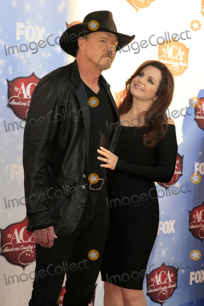 Trace Adkins Photo - LAS VEGAS - DEC 10  Trace Adkins at the 2013 American Country Awards at Mandalay Bay Events Center on December 10 2013 in Las Vegas NV