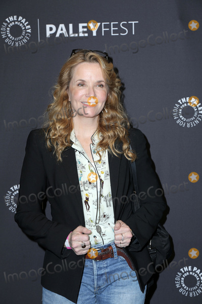 Lea Thompson Photo - LOS ANGELES - MAR 24  Lea Thompson at the 2018 PaleyFest Los Angeles - Mom at Dolby Theater on March 24 2018 in Los Angeles CA