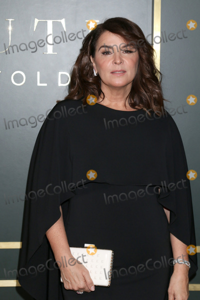 Annabella Sciorra Photo - LOS ANGELES - NOV 11  Annabella Sciorra at the Truth Be Told Premiere Screening at Samuel Goldwyn Theater on November 11 2019 in Beverly Hills CA