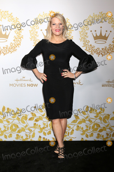 Barbara Niven Photo - LOS ANGELES - FEB 9  Barbara Niven at the Hallmark Winter 2019 TCA Event at the Tournament House on February 9 2019 in Pasadena CA