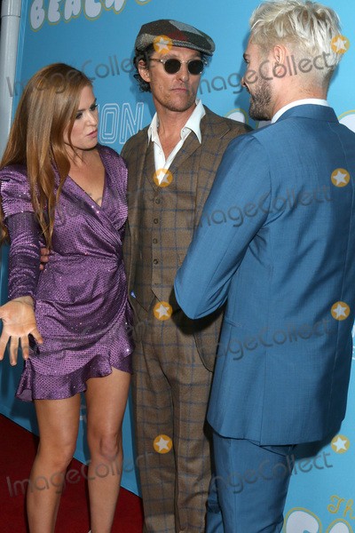Zac Efron Photo - LOS ANGELES - MAR 28  Isla Fisher Matthew McConaughey Zac Efron at The Beach Bum Premiere at the ArcLight Hollywood on March 28 2019 in Los Angeles CA
