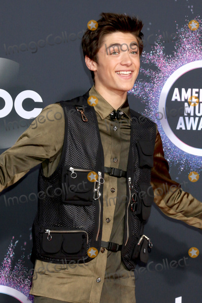 Asher Angel Photo - LOS ANGELES - NOV 24  Asher Angel at the 47th American Music Awards - Arrivals at Microsoft Theater on November 24 2019 in Los Angeles CA