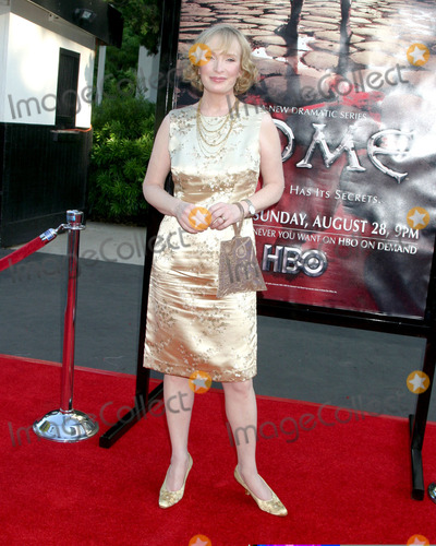 Lindsay Duncan Photo - Lindsay DuncanPremiere of HBOs Drama Series RomeWadsworth TheaterWestwood CAAugust 25 2005