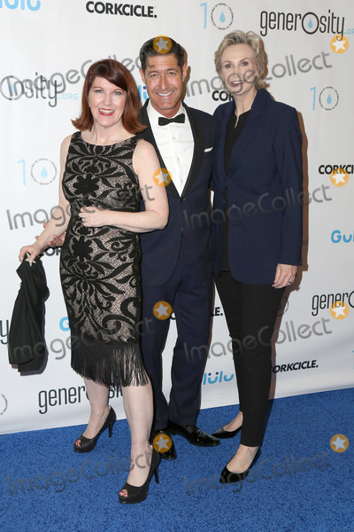 Tim Davies Photo - LOS ANGELES - MAR 21  Kate Flannery Jane Lynch Tim Davis at the Generosityorg Fundraiser For World Water Day at the Montage Hotel on March 21 2017 in Beverly Hills CA
