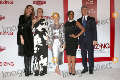 Alexander Payne Photo - LOS ANGELES - DEC 18  Laura Dern Kristen Wiig Hong Chau Niecy Nash Alexander Payne at the Downsizing Special Screening at Village Theater on December 18 2017 in Westwood CA