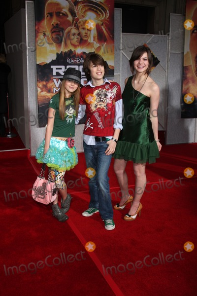 Kaili Thorne Photo - Bella Kaili  Remy Thorne  arriving at the Race to Witch Mountain Premiere at the El Capitan Theater l in Los Angeles  CA on  March 11 2009