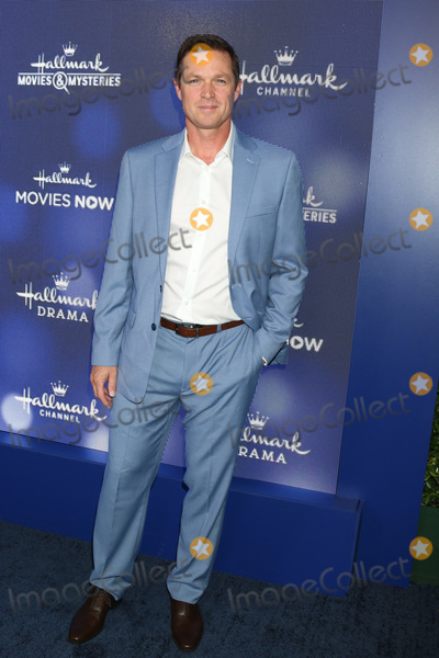 Eric Close Photo - LOS ANGELES - JUL 26  Eric Close at the Hallmark Summer 2019 TCA Party at the Private Residence on July 26 2019 in Beverly Hills CA