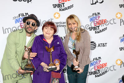 Agns Varda Photo - LOS ANGELES - MAR 3  JR Agnes Varda Rosalie Varda_ at the 2018 Film Independent Spirit Awards at the Beach on March 3 2018 in Santa Monica CA