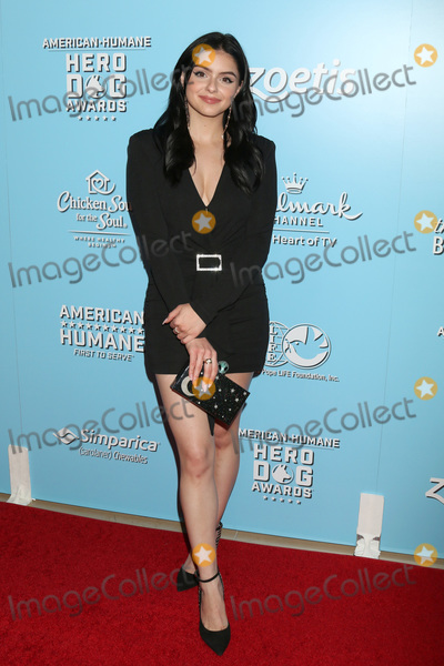 Ariel Winter Photo - LOS ANGELES - OCT 5  Ariel Winter at the 9th Annual American Humane Hero Dog Awards at the Beverly Hilton Hotel on October 5 2019 in Beverly Hills CA