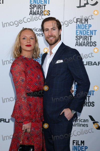 Annie Starke Photo - LOS ANGELES - FEB 23  Annie Starke Marc Albu at the 2019 Film Independent Spirit Awards on the Beach on February 23 2019 in Santa Monica CA