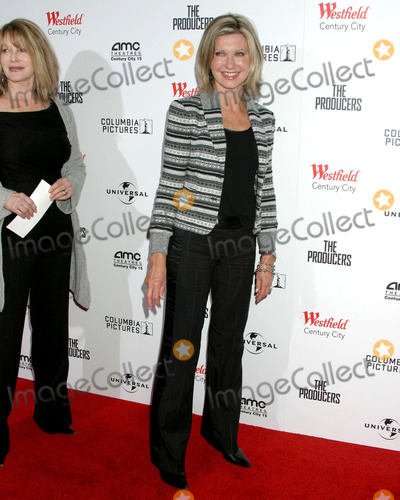Olivia Newton-John Photo - Olivia Newton-JohnCentury 15 AMC TheatersThe Producers LA PremiereCentury City CA  December 12 2005