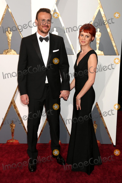 Alexis Mixter Photo - LOS ANGELES - FEB 28  Jason Segel Alexis Mixter at the 88th Annual Academy Awards - Arrivals at the Dolby Theater on February 28 2016 in Los Angeles CA