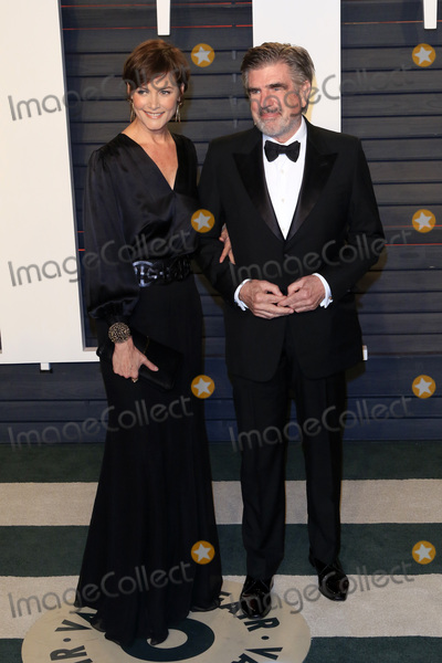 Carey Lowell Photo - LOS ANGELES - FEB 28  Carey Lowell Tom Freston at the 2016 Vanity Fair Oscar Party at the Wallis Annenberg Center for the Performing Arts on February 28 2016 in Beverly Hills CA