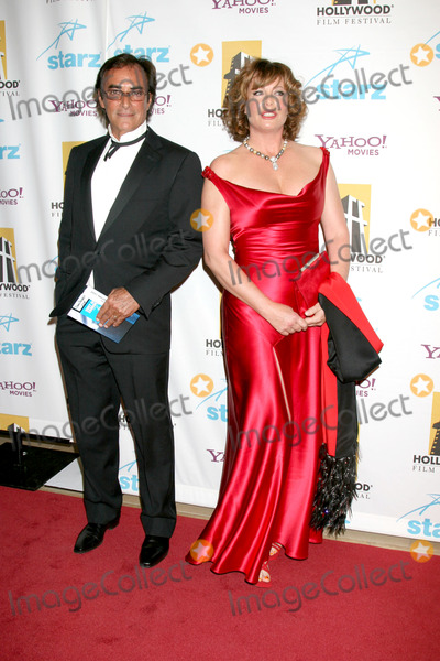 Kelly LeBrock Photo - Thaao Penghlis  Kelly LeBrockHollywood Film Festival 11th Annual Hollywood Awards GalaBeverly Hilton HotelBeverly Hills  CAOctober 22 2007