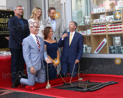 Bryan Cranston Photo - LOS ANGELES - AUG 20  Steve Carell Judy Greer Bryan Cranston Mitch OFarrell Jennifer Garner Leron Guber at the Jennifer Garner Star Ceremony on the Hollywood Walk of Fame on August 20 2018 in Los Angeles CA