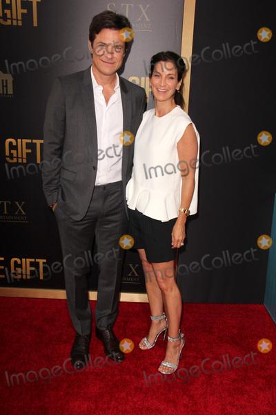 Amanda Anka Photo - LOS ANGELES - JUL 30  Jason Bateman Amanda Anka at the The Gift World Premiere at the Regal Cinemas on July 30 2015 in Los Angeles CA