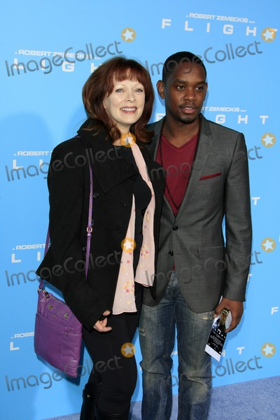 Aml Ameen Photo - LOS ANGELES - OCT 23  Frances Fisher Aml Ameen arrives at the Flight Premiere at ArcLight Cinemas on October 23 2012 in Los Angeles CA