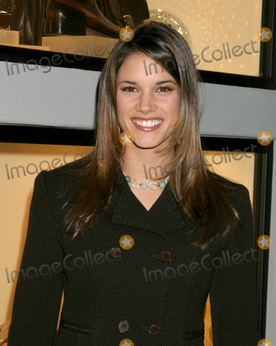 Missy Peregrym Pictures and Photos