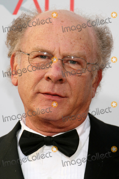Art Garfunkel Photo - Art Garfunkel  arrives at the AFI Salute to Warren Beatty at the Kodak Theater in Los Angeles CAJune 12 2008