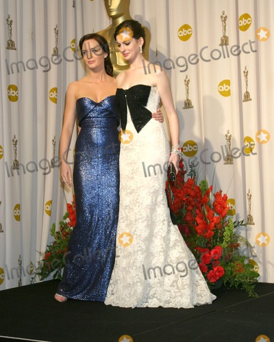 Emily Blunt Photo - Emily Blunt  Anne Hathaway79th Annual Academy AwardsKodak Theater Hollywood  HighlandHollywood CAFebruary 25 2007