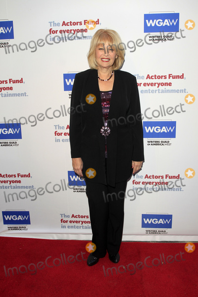 Ilene Graff Photo - LOS ANGELES - JUN 11  Ilene Graff at the Actors Funds 21st Annual Tony Awards Viewing Party at the Skirball Cultural Center on June 11 2017 in Los Angeles CA