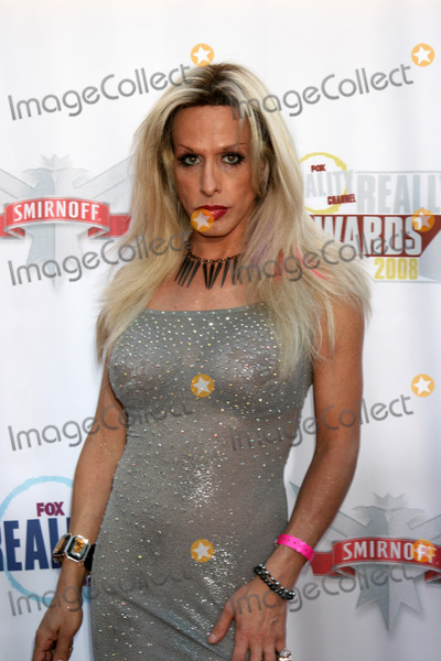 Alexis Arquette Photo - Alexis Arquette arriving at The Realiity Awards at the Avalon Theater in Los Angeles CA onSeptember 24 2008
