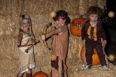August Maturo Photo - LOS ANGELES - OCT 4  McKenna Grace August Maturo Ocean Maturo at the RISE of the Jack OLanterns at Descanso Gardens on October 4 2014 in La Canada Flintridge CA