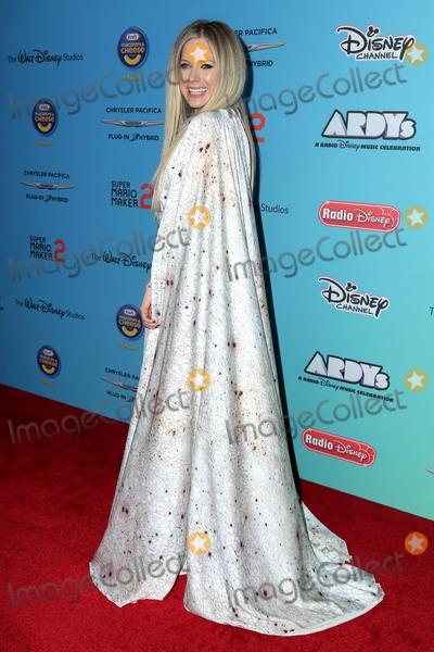 Avril Lavigne Photo - LOS ANGELES - JUN 16  Avril Lavigne at the ARDYs A Radio Disney Music Celebration at the CBS Studio Center on June 16 2019 in Studio City CA