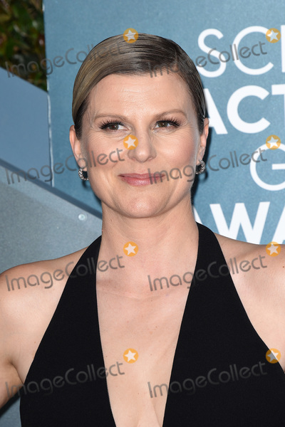 Jennifer Robertson Photo - LOS ANGELES - JAN 19  Jennifer Robertson at the 26th Screen Actors Guild Awards at the Shrine Auditorium on January 19 2020 in Los Angeles CA