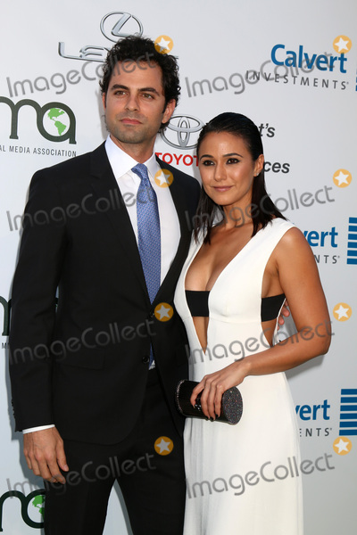 Adrian Bellani Photo - LOS ANGELES - OCT 22  Adrian Bellani Emmanuelle Chriqui at the 26th Annual Environmental Media Awards at Warner Brothers Studio on October 22 2016 in Burbank CA