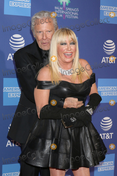 Alan Hamel Photo - PALM SPRINGS - JAN 17  Alan Hamel Suzanne Somers at the 30th Palm Springs International Film Festival Awards Gala at the Palm Springs Convention Center on January 17 2019 in Palm Springs CA