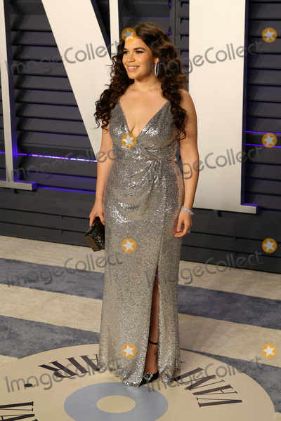America Ferrera Photo - LOS ANGELES - FEB 24  America Ferrera at the 2019 Vanity Fair Oscar Party on the Wallis Annenberg Center for the Performing Arts on February 24 2019 in Beverly Hills CA