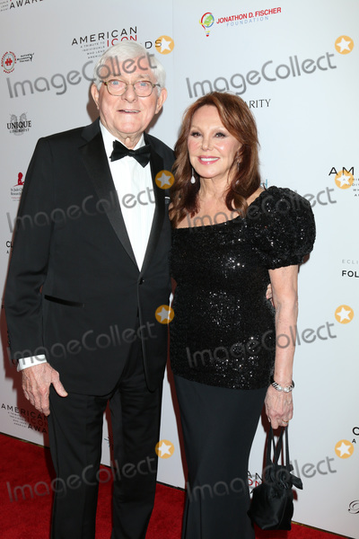 Marlo Thomas Photo - LOS ANGELES - MAY 19  Phil Donahue Marlo Thomas at the American Icon Awards at the Beverly Wilshire Hotel on May 19 2019 in Beverly Hills CA